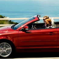 5 reasons to rent a car when travelling abroad