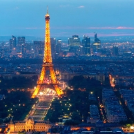 Rent a car in Paris for 110 euros/week and visit Germany and Prague in an unforgettable trip