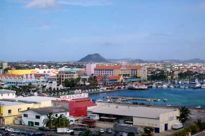 Aruba Queen Beatrix Airport Car Rental
