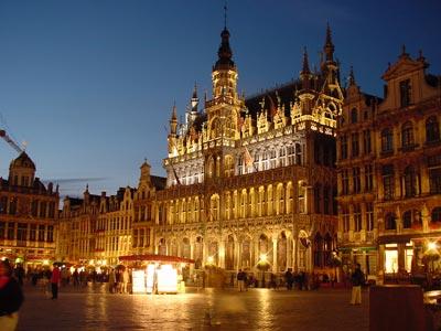 Bruselas Midi Est. De Tren Alquiler de coches