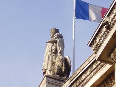 巴黎 Gare Du Nord 火车站 租车