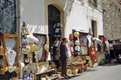 Sicilien Biluthyrning
